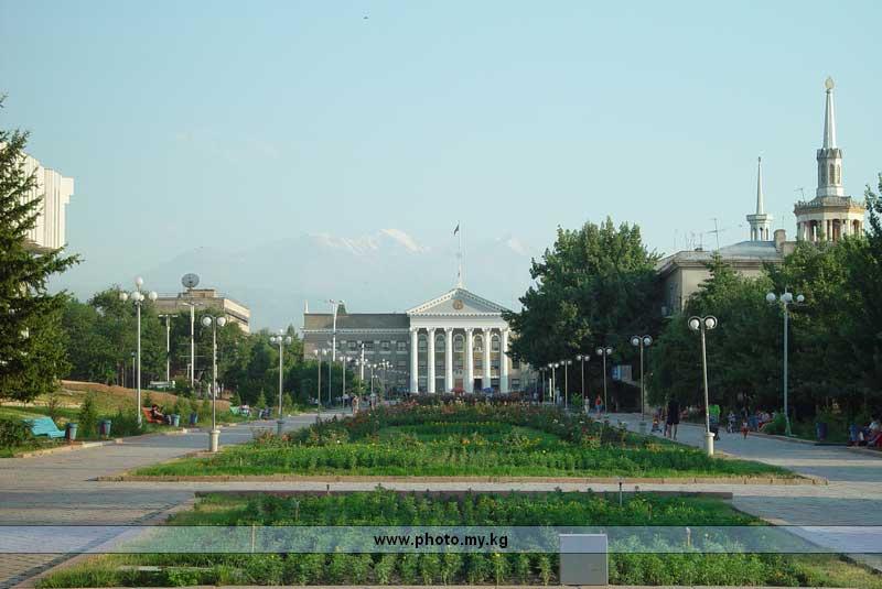 ...мэра города Бишкек выходит за рамки его компетенции.